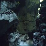 le canyon du giffre en haute Savoie ,est idéal pour un séjour canyoning sportif avec ses sauts et ses toboggans