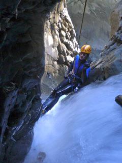 canyon,canyoning,canyonisme,séjour,haute-savoie,alpes maritimes,sierra de guara ,espagne,toboggan,vacance,saut,rappel